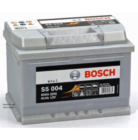 Bilbatteri 12V 61Ah Bosch S5004 DIN: 561400060 LxBxH:242x175x175mm